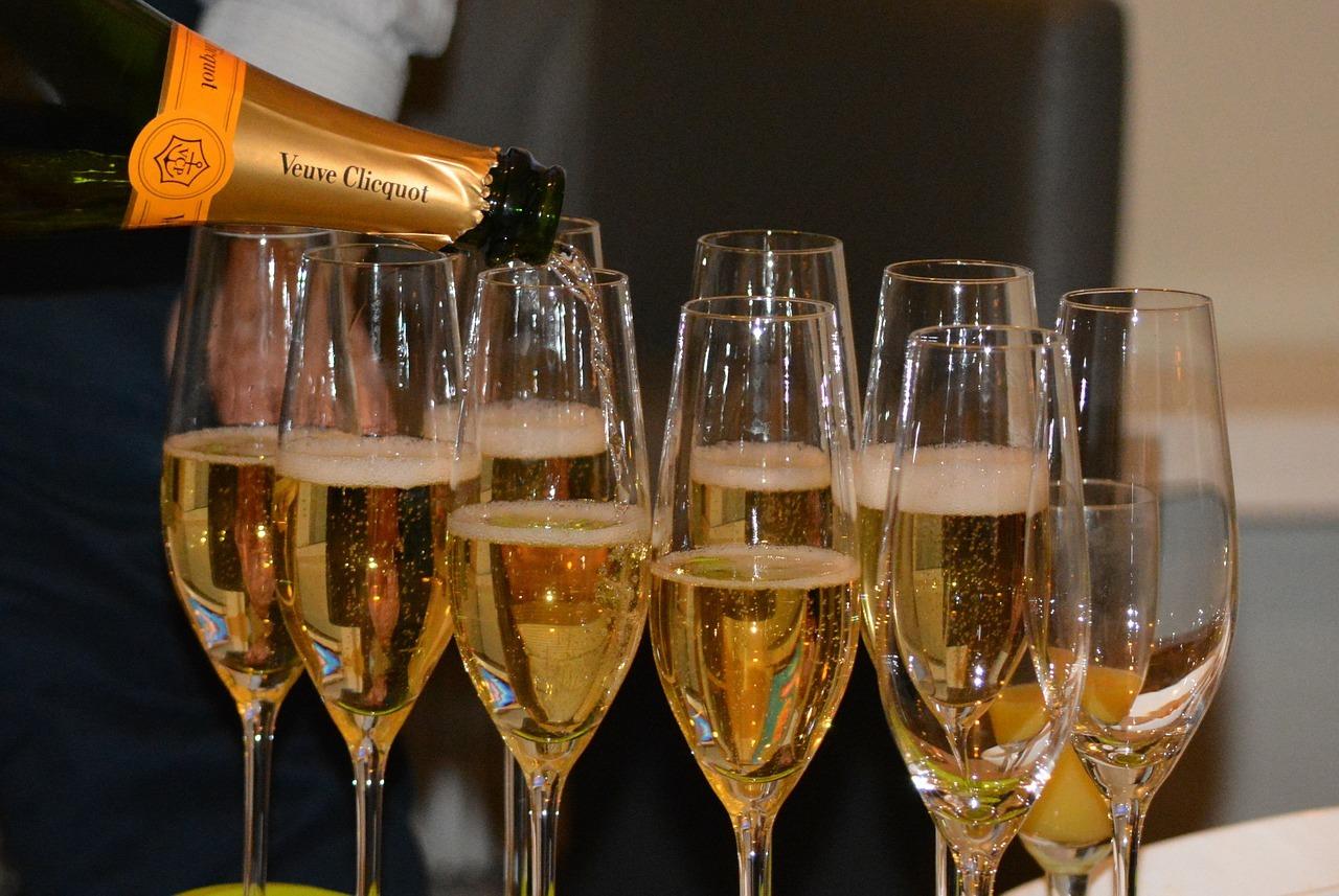 Préférez-vous sabler ou sabrer le Champagne?