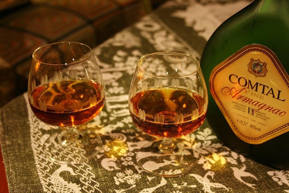 Verres bouteille d'Armagnac,