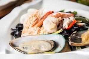 Assiette fruits de mer, réveillon de mer,