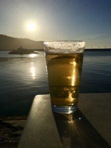 verre de Bière Coucher de soleil de Provence,