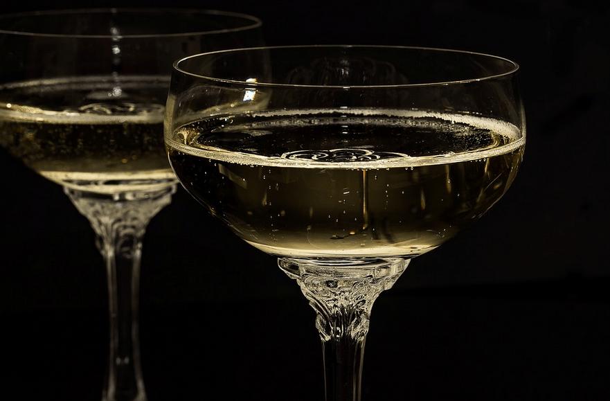 Le Champagne, son origine, son histoire