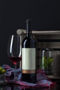 bouteille, verre vin rouge Sud-Ouest,