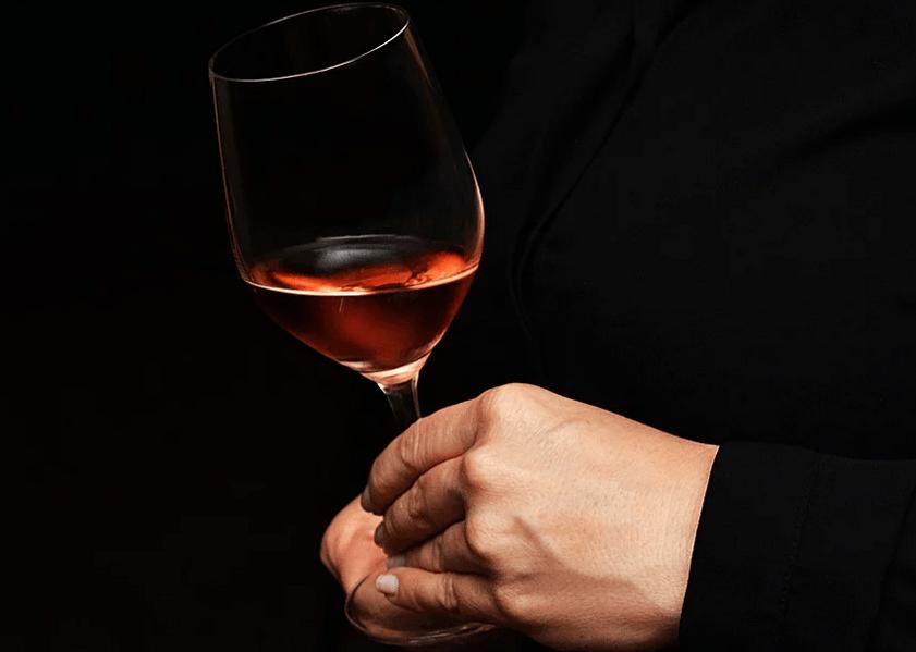 Verre vin de AOC Rosé de Bordeaux