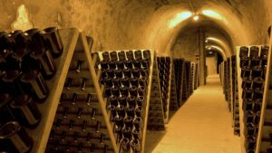 Caves Champagne,