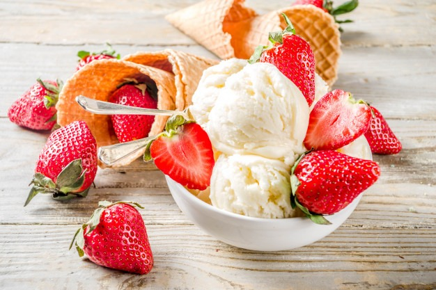 Glace fraise vanille,