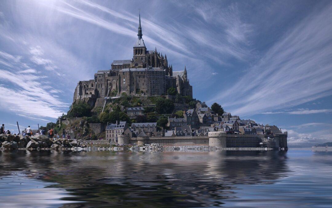 Le Mont-Saint-Michel période estivale,